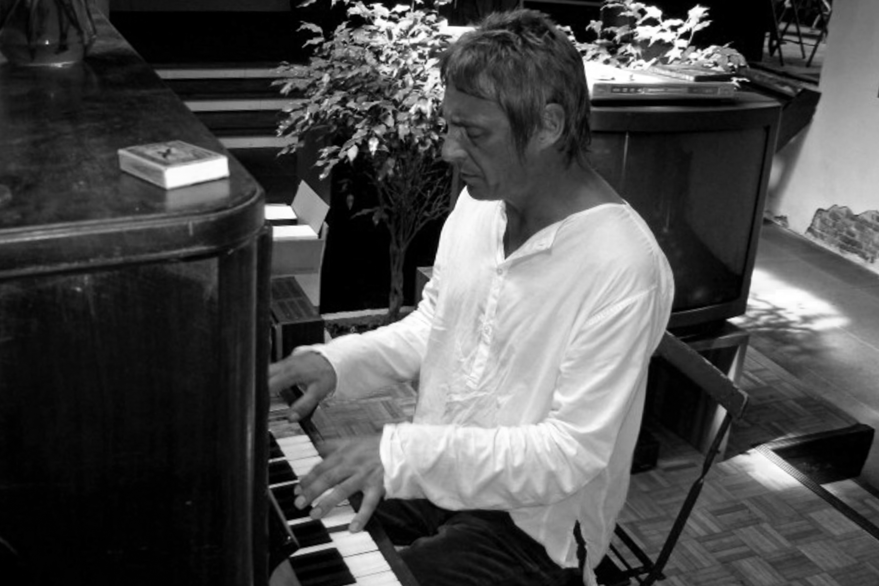Paul Weller Piano